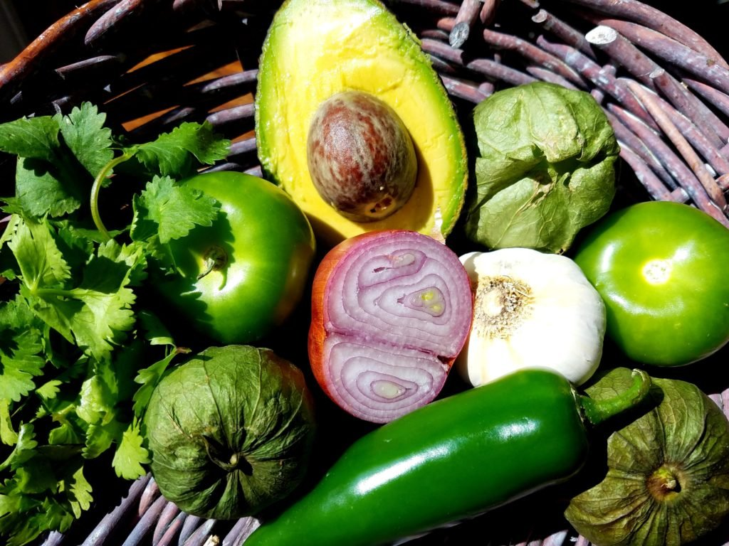 Avocado Tomatillo Dressing Ingredients