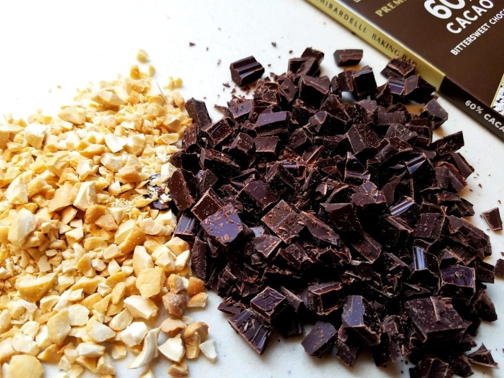 Dark Chocolate and Cashews Chopped