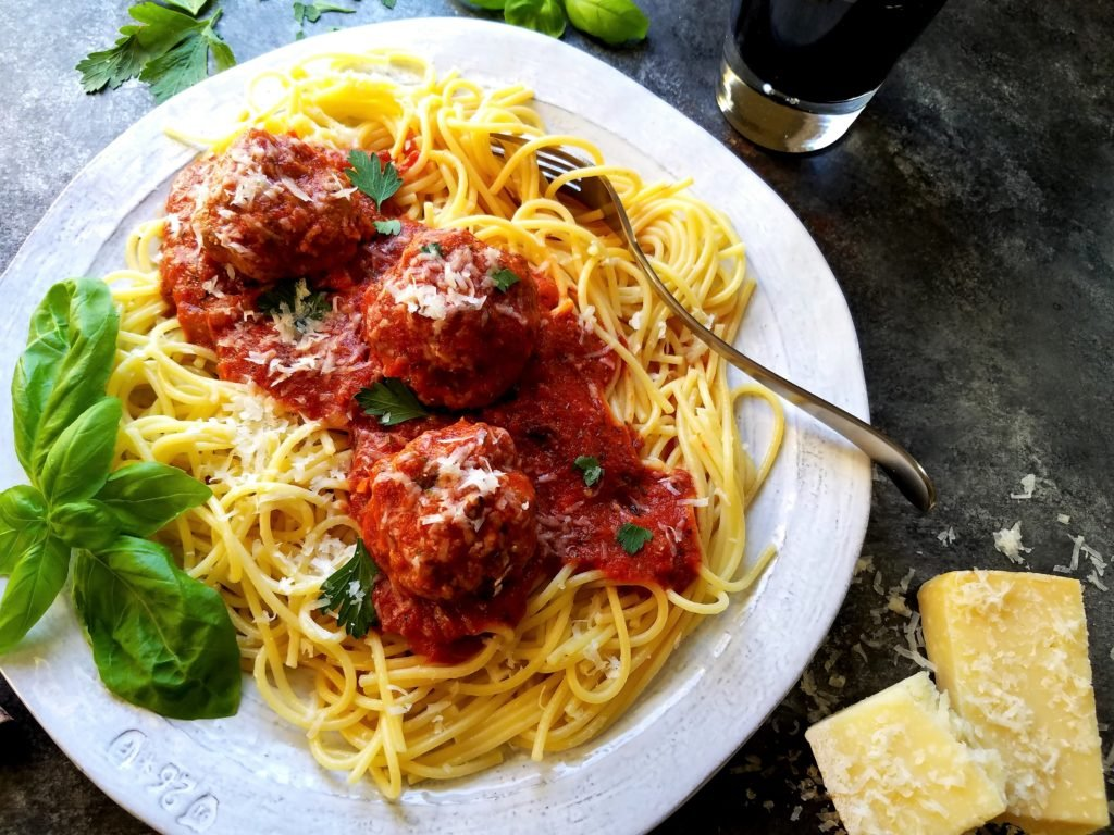 Classic Meatballs and Tomato Sauce - Give it Some Thyme