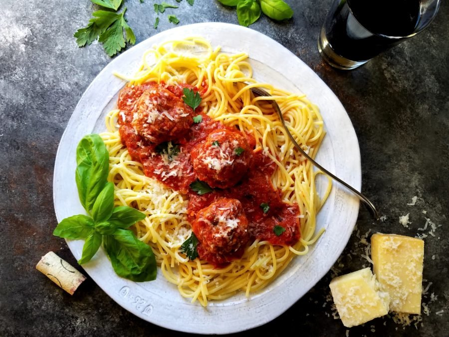 Classic Meatballs and Tomato Sauce | Give it Some Thyme – tender meatballs bathe in a rich, flavorful tomato sauce and served over a bed of spaghetti. #meatballsandsauce #meatballsandsaucehomemade #sundaymeatballsandgravy #spaghettiandmeatballs #italianrecipes #sundaymeatballs #mealprep #freezerfriendly #giveitsomethyme