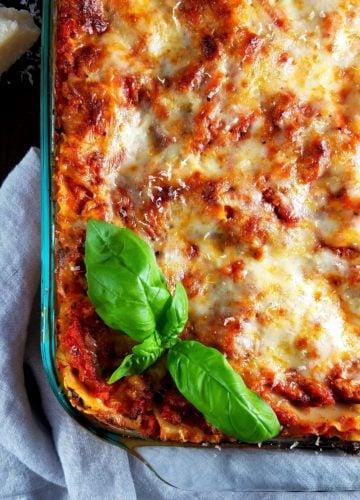 Turkey Bolognese Lasagna | giveitsomethyme.com