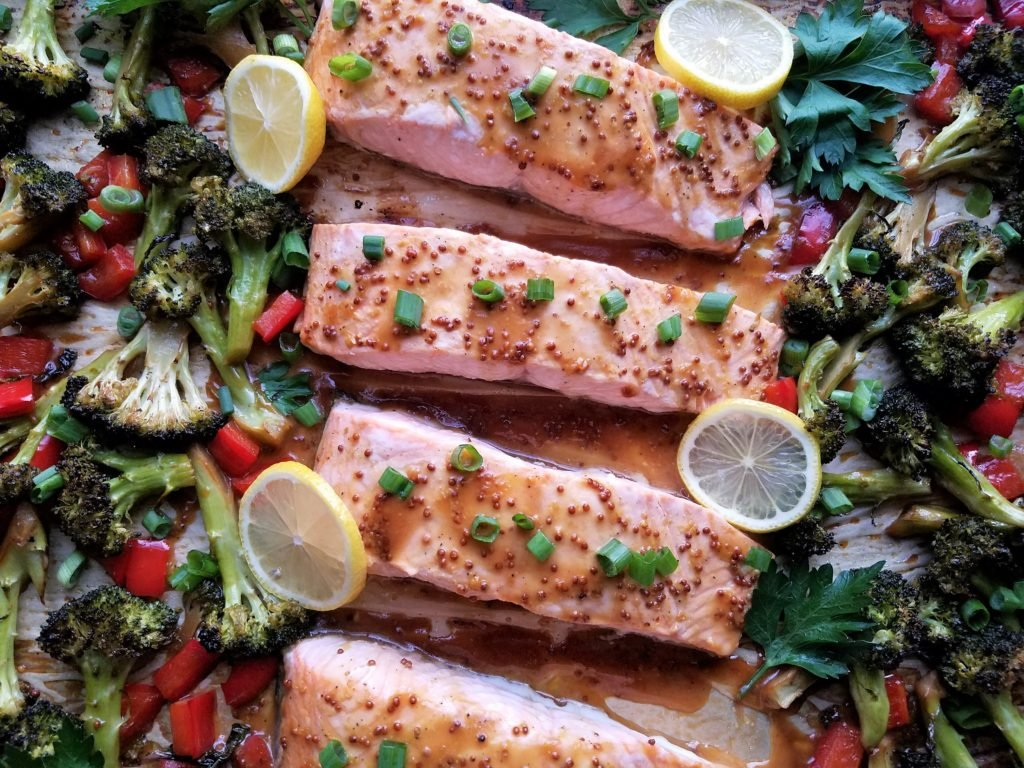 Roasted Salmon and Broccoli with Red Bell Pepper & Soy Mustard Glaze | giveitsomethyme.com