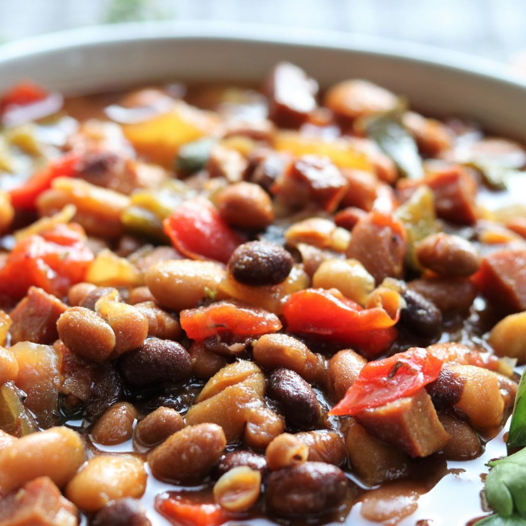 Slow Cooker Soda Baked Beans Close Up | giveitsomethyme.com