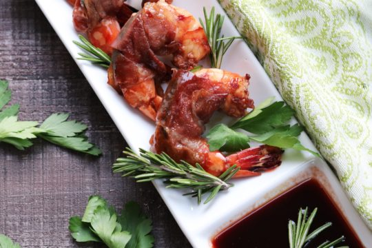 Prosciutto Wrapped Marsala Glazed Shrimp - Give it Some Thyme - grill, broil or pan sear these plump, sweet n' salty plump shrimp to perfection no matter the weather! #shrimpappetizers #shrimpappetizersfingerfood #shrimpappetizersforparty #shrimprecipes #prosciuttowrappedshrimp #prosciuttowrappedshrimprecipe #prosciuttowrappedshrimpappetizers #marsalaglaze #appetizers #giveitsomethyme