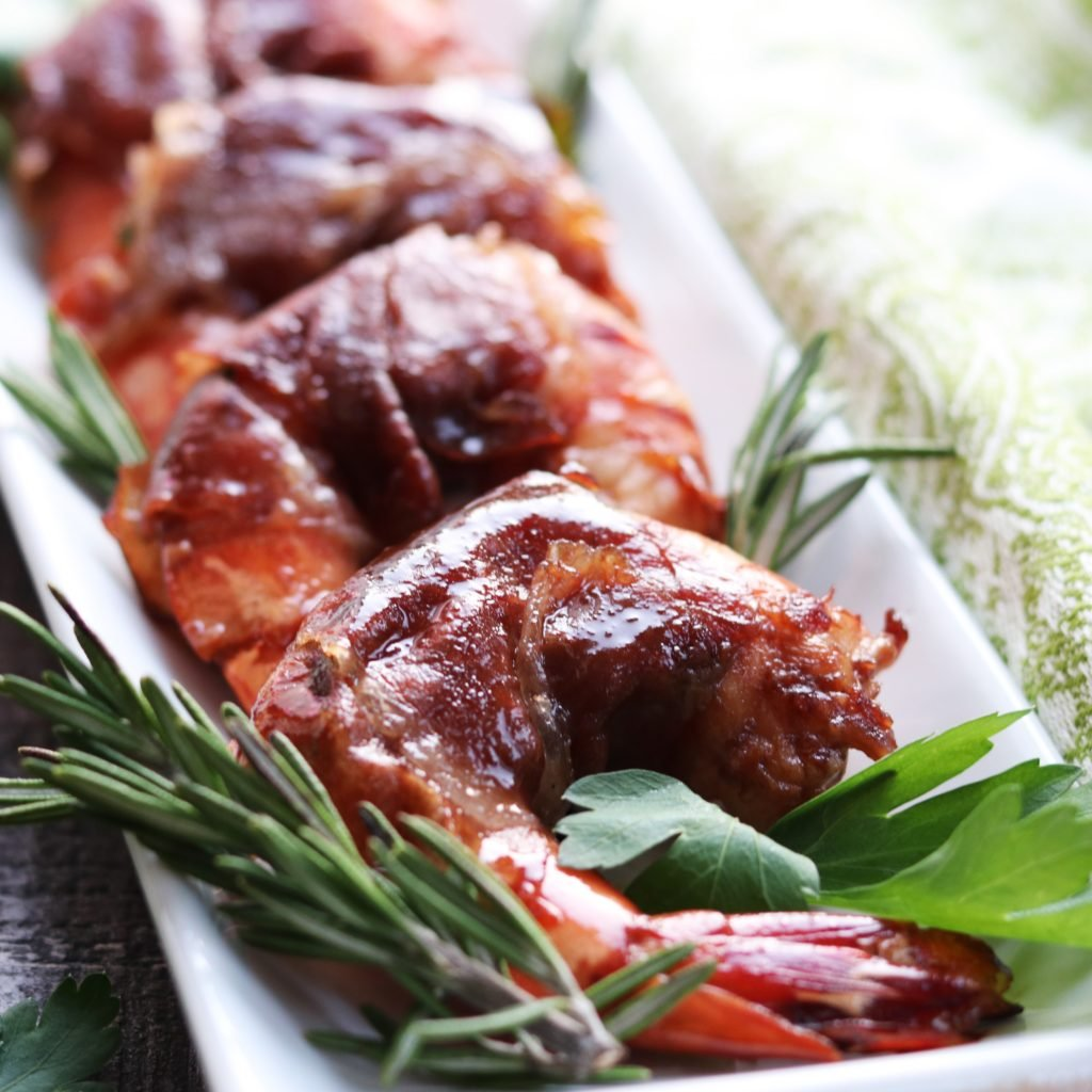 Prosciutto Wrapped Marsala Glazed Shrimp | Give it Some Thyme - grill, broil or pan sear these sweet n' salty plump shrimp to perfection no matter the occasion! #shrimpappetizers #shrimprecipes #prosciuttowrappedshrimp #marsalaglaze #glutenfreerecipes #fingerfood #holidayappetizers #appetizers #giveitsomethyme