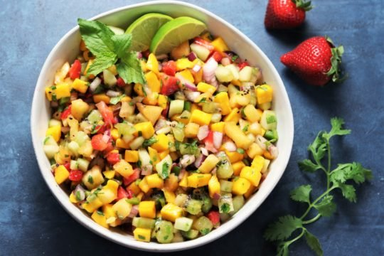 Fresh Fruit Summer Salsa | giveitsomethyme.com
