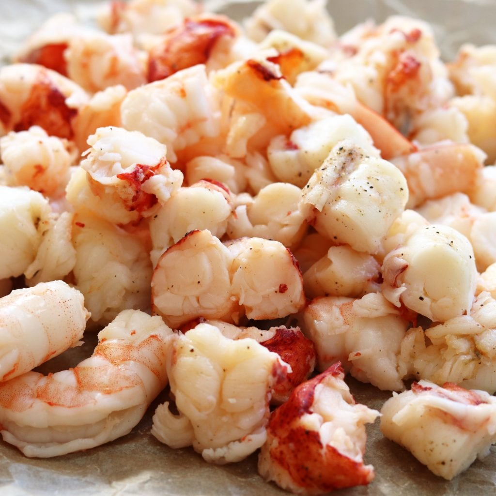 Lobster and Shrimp Chunks for Mac and Cheese