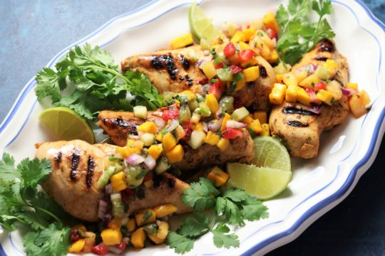 Grilled Tequila Lime Chicken w/ Fresh Fruit Salsa | Give it Some Thyme – fire up the grill for this simple, easy, and delicious dinner that screams spring and summer! #grilledtequilalimechicken #tequilalimechicken #tequilalimechickenmarinade #grilledchicken #grilledchickenrecipes #fruitsalsa #fruitsalsarecipe #healthyfruitsalsa #glutenfreerecipesfordinner #ketorecipes #giveitsomethyme #quickandeasyrecipes