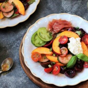 Stone Fruit and Tomato Summer Salad - giveitsomethyme.com