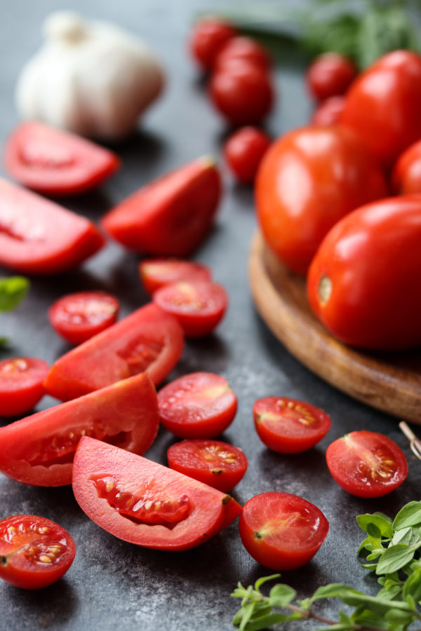 Fresh Tomatoes with Garlic and Herbs