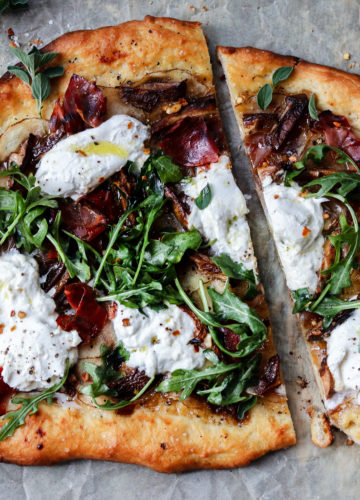 Potato Mushroom and Burrata Pizza w/ Prosciutto & Arugula | Give it Some Thyme – a delicious and easy pizza recipe on homemade white wine dough! #pizza #potatopizza #burratapizza #mushroompizza #pizzarecipes #homemadepizza #pizzadough #pizzadoughrecipe #whitewinepizzadough #giveitsomethyme