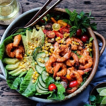 Grilled Shrimp Garden Salad w/ Sesame Lime Dressing - a delicious, summery salad loaded with fresh greens, tomatoes, corn, cucumbers and succulent shrimp! #gardensalads #summersalads #entreesalads #ketorecipes #grilledshrimp #healthydinners #quickandeasy #giveitsomethyme | giveitsomethyme.com