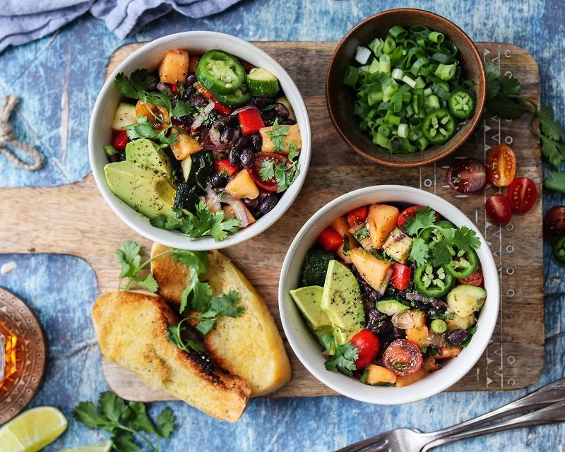 Grilled Cantaloupe Black Bean Salad – a delicious, vegan and gluten-free farmers' market-inspired salad dressed in a lime vinaigrette. #vegan #glutenfree #sidesalads #summersalads #summerrecipes #healthyrecipes #mealprep #blackbeansalad #grilledcantaloupe #giveitsomethyme | giveitsomethyme.com