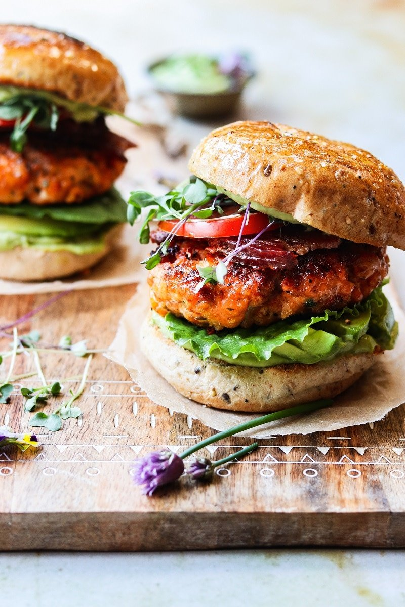 close up of salmon burgers ready to serve